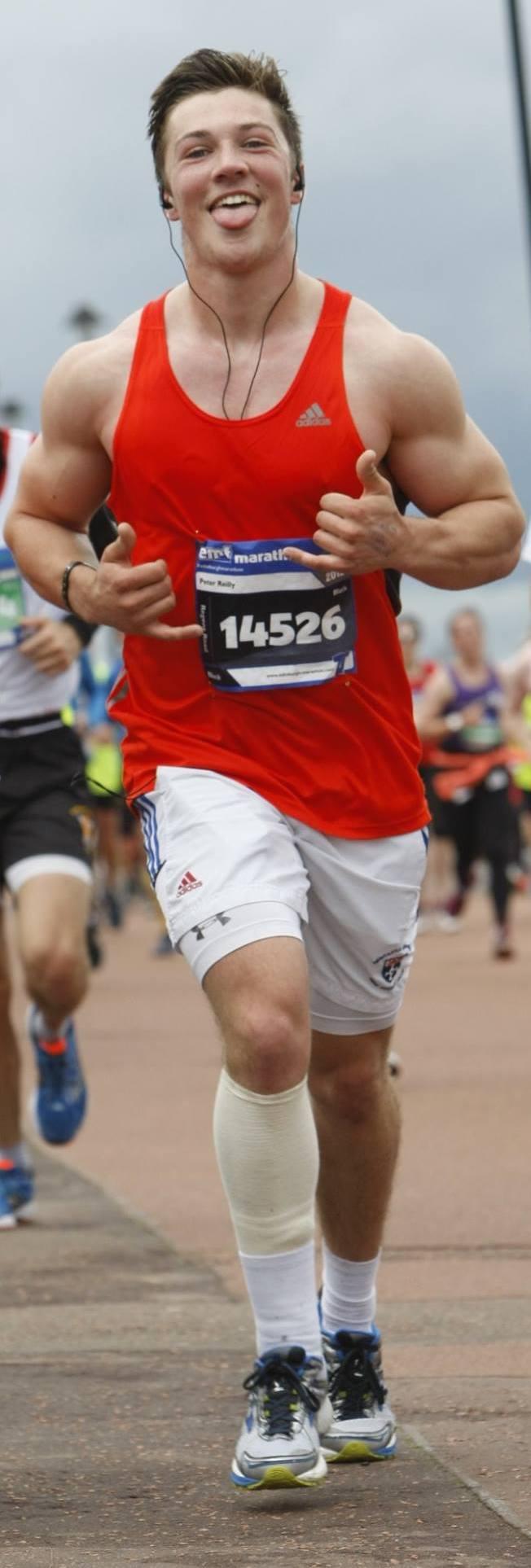 Edinburgh Marathon 1 crop
